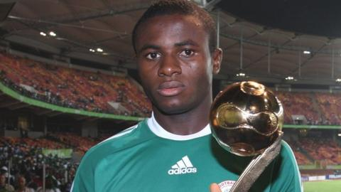 Nigeria's Sani Emmanuel winning the Golden Ball at the 2009 Under-17 World Cup