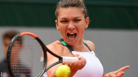 Simona Halep through to French Open fourth round
