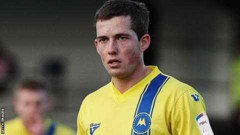 Damon Lathrope in action for Torquay United