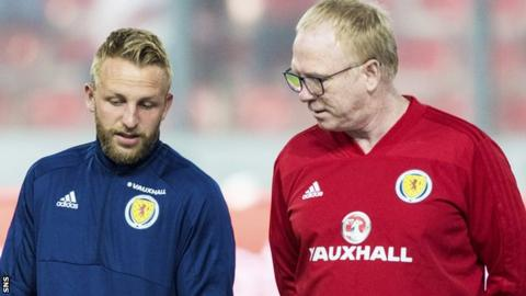 Johnny Russell and Scotland manager Alex McLeish