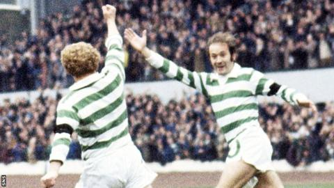 Jimmy Johnstone and Harry Hood celebrate with Celtic