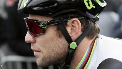 Mark Cavendish returns to racing