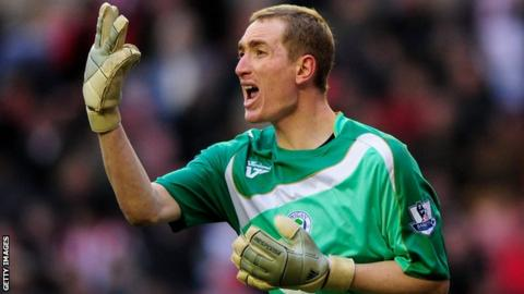 Chris Kirkland in action for Wigan