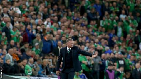 Technology Michael O'Neill puts health first in his message to Northern Ireland fans