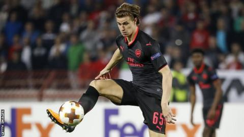 Ben Sheaf controlling the ball in a Europa League game for Arsenal