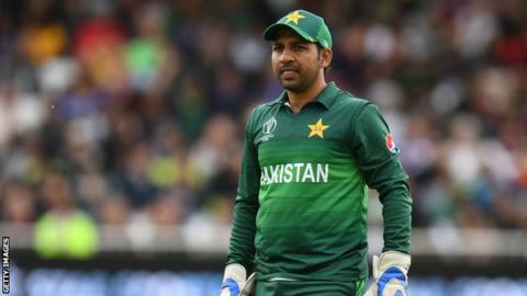 Sarfaraz Ahmed sacked as Pakistan's Test and T20I captain