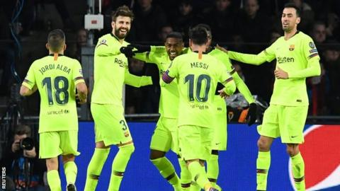 Barcelona overcome PSV Eindhoven to top Group B