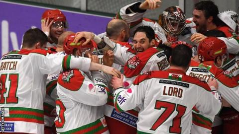 Cardiff Devils celebrate winning the Challenge Cup