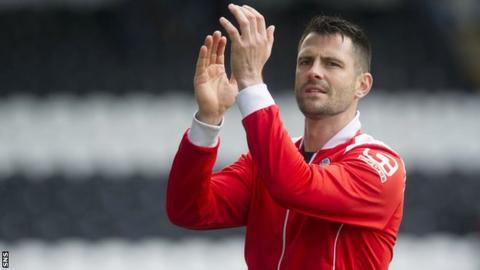 St Mirren forward Steven Thompson