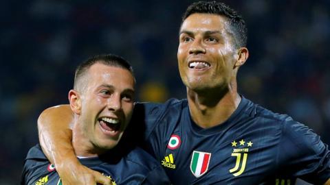 Federico Bernardeschi (left) and Cristiano Ronaldo