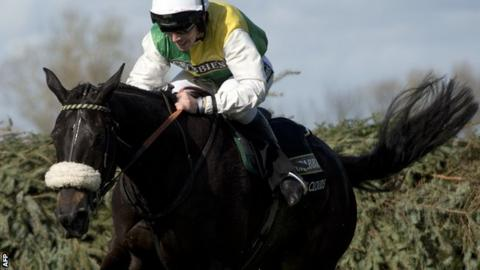Many Clouds ridden by Leighton Aspell