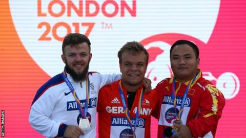 Kyron Duke of Great Britain, Niko Kappel of Germany and Zhiwei Xia of China at the 2017 World Para Athletics Championships in London