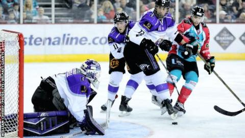 Braehead Clan goalie Gary Russell has been on top form since coming in to cover for Michal Zajkowski