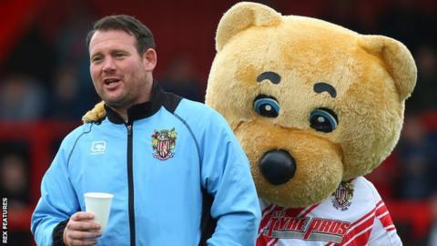 Boro Bear with Darren Sarll