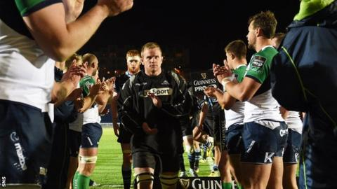 Glasgow Warriors are clapped off at full-time