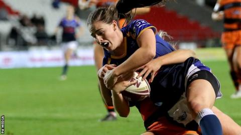 Fran Goldthorp scores her second try of the Grand Final