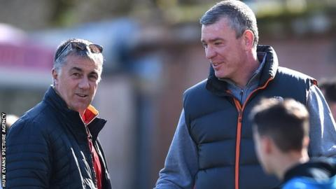 Dean Ryan chats with Welsh Rugby Union's head of performance Geraint John