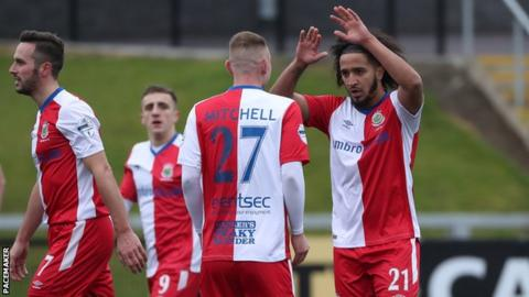Bastien Hery celebrates his goal