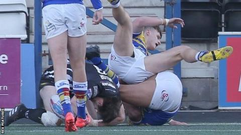 Joe Mellor evaded some acrobatic Leeds defending to get the ball down for the first Widnes try