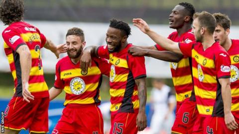 Mustapha Dumbuya (centre) has scored once for Thistle