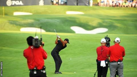 Woods remains in US PGA Championship hunt but McIlroy challenge fades