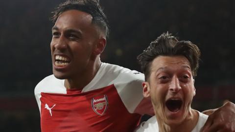 Pierre-Emerick Aubameyang & Mesut Ozil