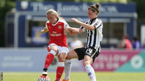 Jordan Nobbs (left), Jade Moore (right)