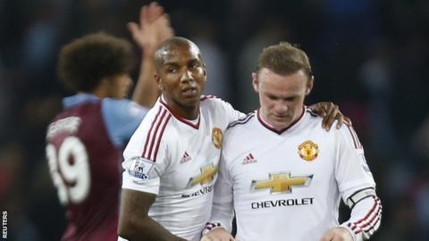 Wayne Rooney (right)