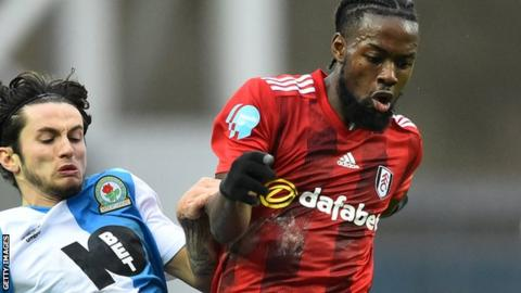 Josh Onomah (right) in action for Fulham
