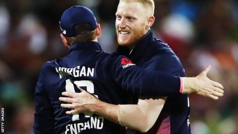 Ben Stokes celebrates with Eoin Morgan
