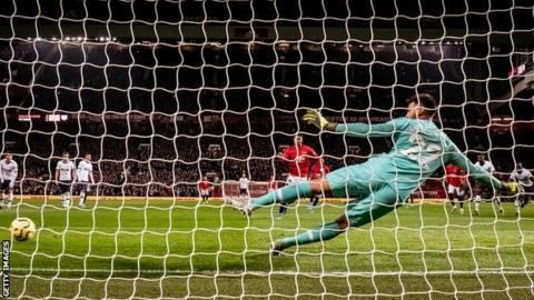 Manchester United 2-1 Tottenham Hotspur: Marcus Rashford rankings twice as Jose Mourinho loses first Spurs game thumbnail