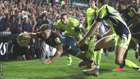 Nick Malouf scores a try for Leicester Tigers