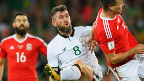 Republic of Ireland and Wales clash
