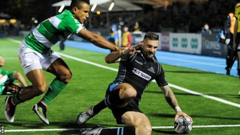 Rory Hughes scores a try for Glasgow Warriors