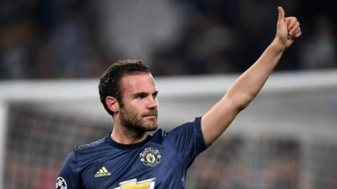 Juan Mata extends contract with Manchester United