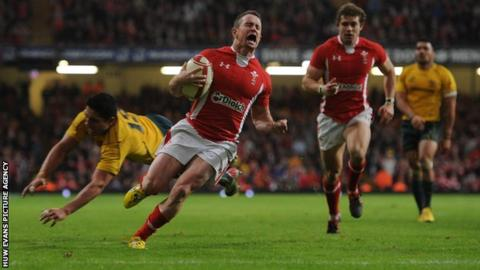 Shane Williams played his last Test for Wales in December 2011 against Australia
