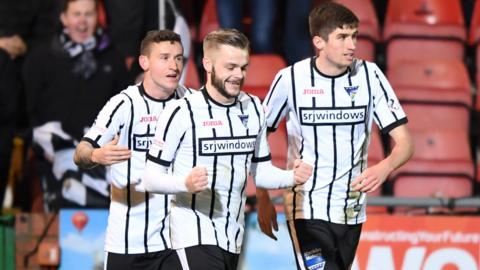 Andy Ryan celebrates opening the scoring for Dunfermline