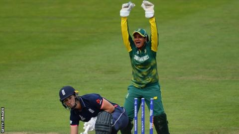 South Africa's Trisha Chetty appeals for the dismissal of England's Natalie Sciver