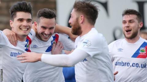 Linfield were 2-0 winners the last time they played Ards
