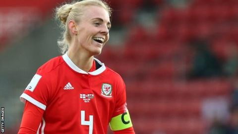 Sophie Ingle in action for Wales