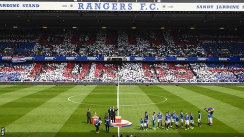 Rangers unfurl Championship flag