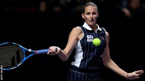 Karolina Pliskova beats Simona Halep in Shenzhen