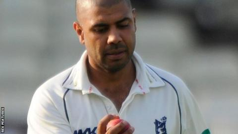 Warwickshire and New Zealand spinner Jeetan Patel