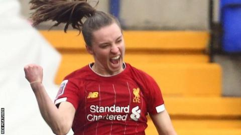 Niamh Charles scoring for Liverpool against Chelsea