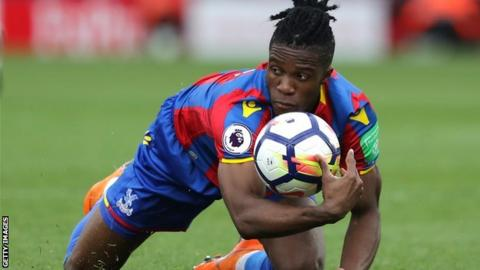 Zaha claims first EA SPORTS Player of the Month award