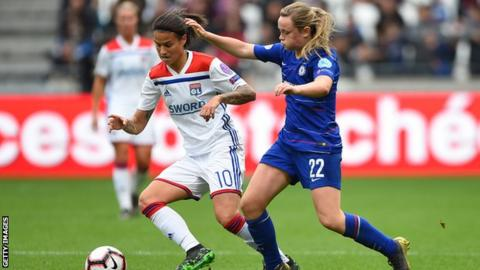 Erin Cuthbert (right) in action for Chelsea