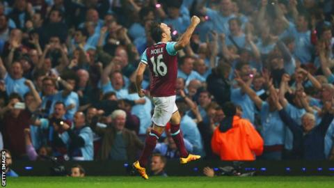 West Ham 3 Manutd 1: West Ham Piles More Misery On Mourinho