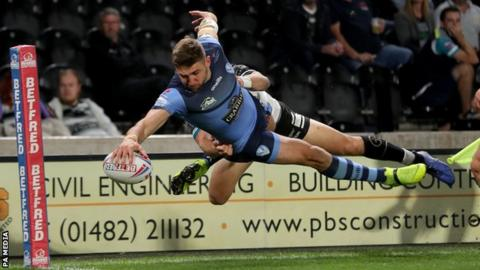 Tommy Makinson finished as Super League top try scorer this season with 23