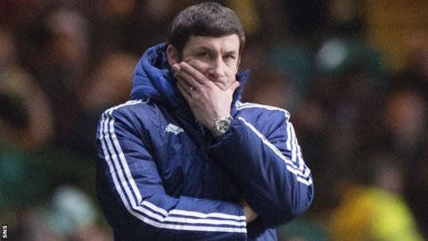 Hamilton's Martin Canning feels the pain at Celtic Park