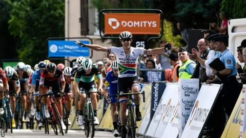 SA Daryl Impey Wins Hilly 1st Stage at Criterium du Dauphine Race